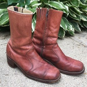 Vintage and worn-in Frye Boots Size 8 1/2